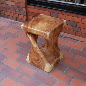 ツイストスツール 無垢材家具 椅子