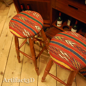 京都三条アーティファクトスリーディー チーク無垢材家具 キリム オリジナル家具