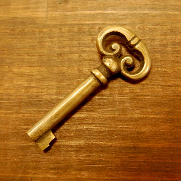 真鍮鍵 ブラス Brass 扉金具