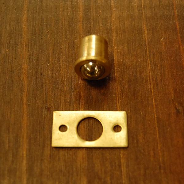 真鍮扉金具 ブラス Brass 金具 ドアキャッチ