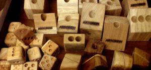 チークブロック チーク材 端材 ペン立て サイコロ