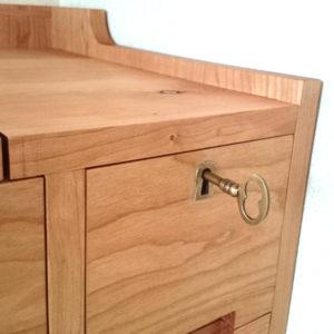 真鍮鍵 鍵穴 ブラス デスク ドレッサー 手作り