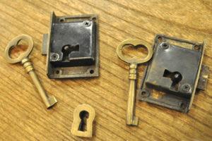 真鍮鍵セット 鍵穴 ブラス